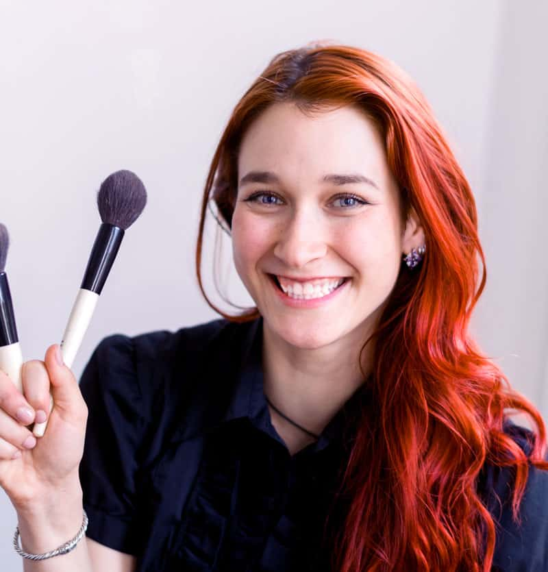 Makeup Artist About Page Style 1